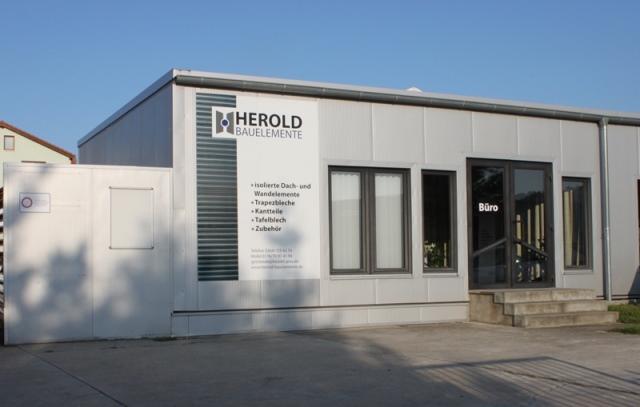 Herold Bauelemente Firmengebäude Vorderansicht